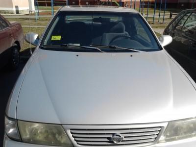 Nissan 200